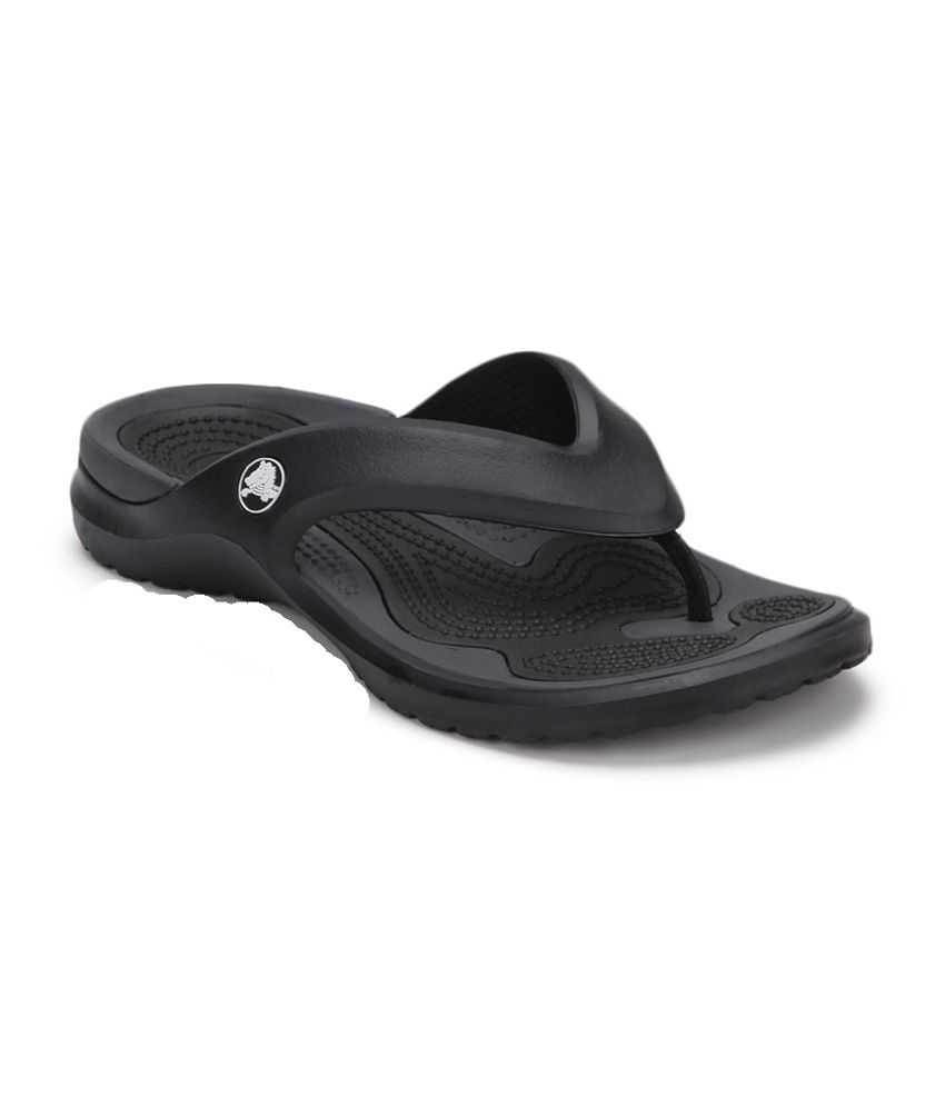 045d1946e Crocs 1080402s-10 Black Modi Flip Flops - Best Price in India