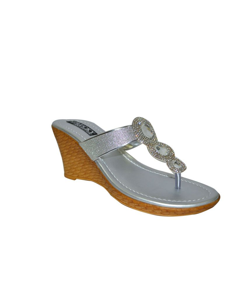 New Lucky Footwear Silver Wedges Heeled Slip-on