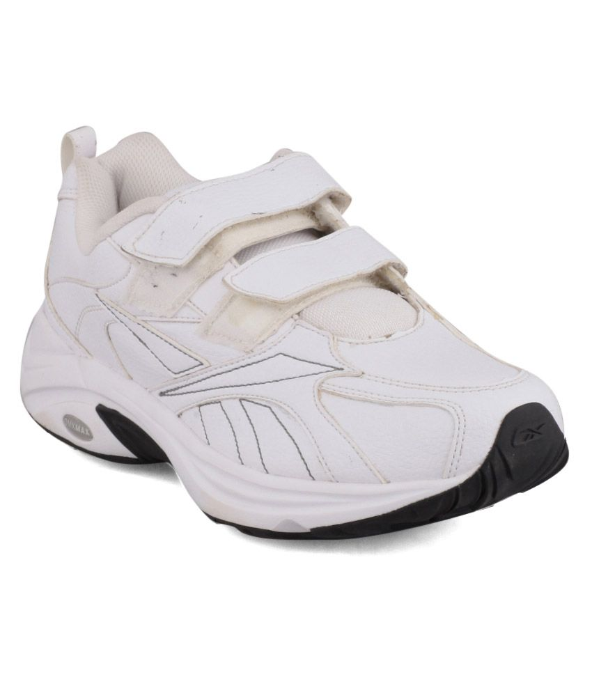 Reebok Walk Max Sports Shoes