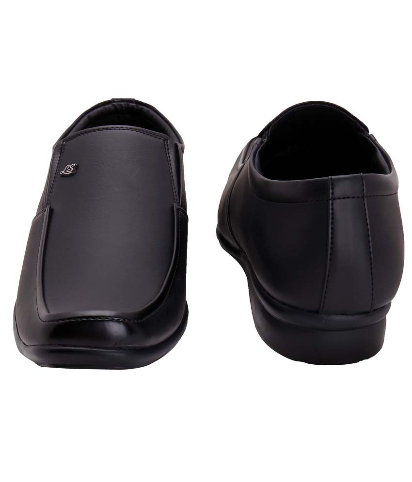 Oxedo Black Formal Shoes Price in India