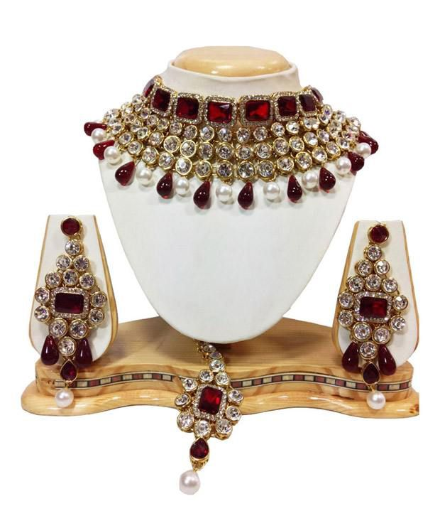 Crystal Studded Jewelry Set In Maroon With Pearls