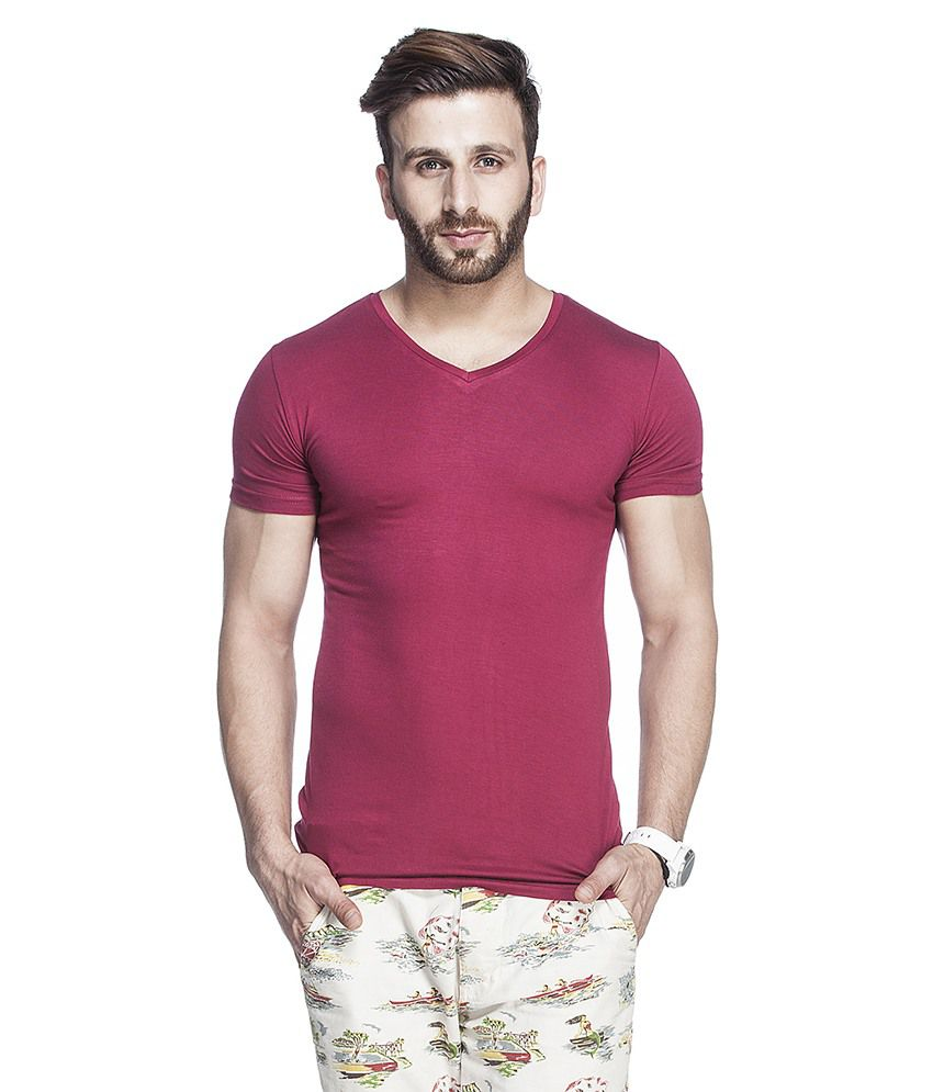 Tinted Maroon Cotton Blend Half Sleeves T Shirt