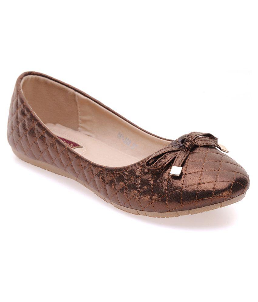 Flat N Heels Flat Ballerinas - Brown