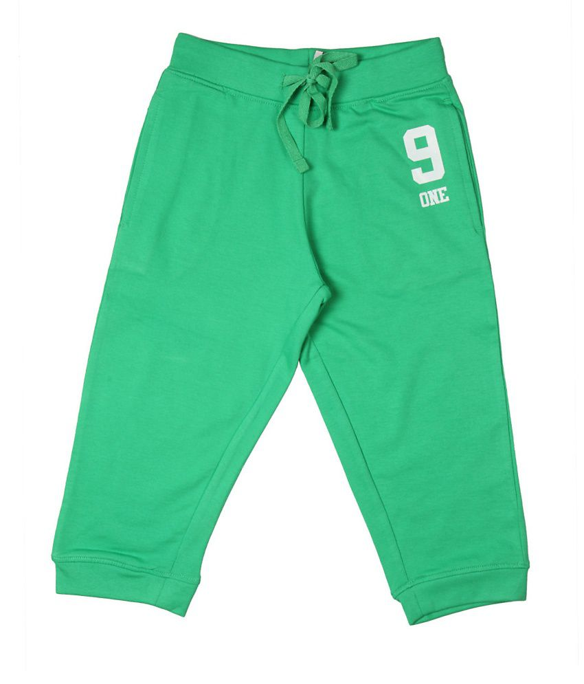 Poppers by Pantaloons Green Knitted Capris