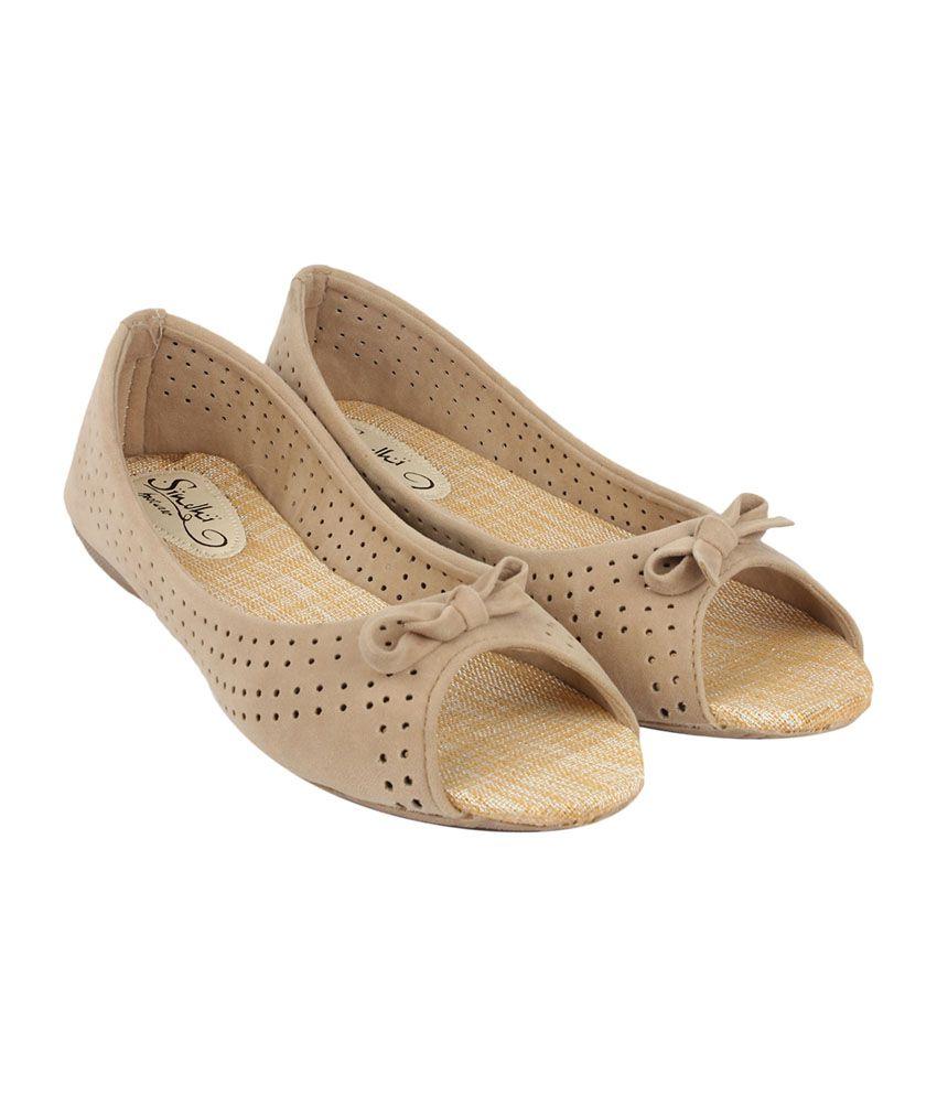 e4968ded5aa Sindhi Footwear Open Toe Bellies for Women s - Beige Price in India ...