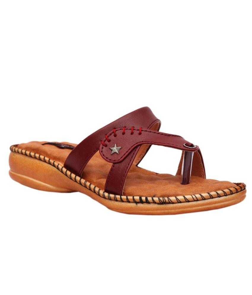 Trilokani Maroon Flat Slippers For Women