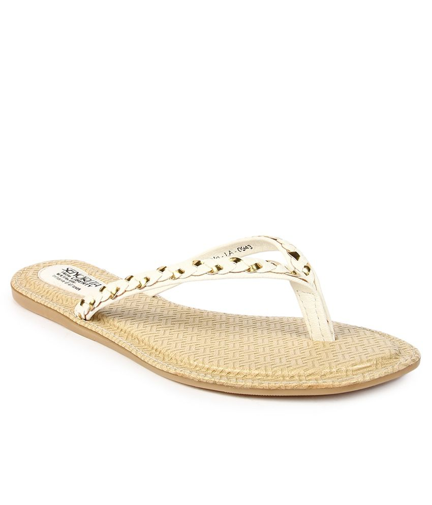 Senorita White Slippers