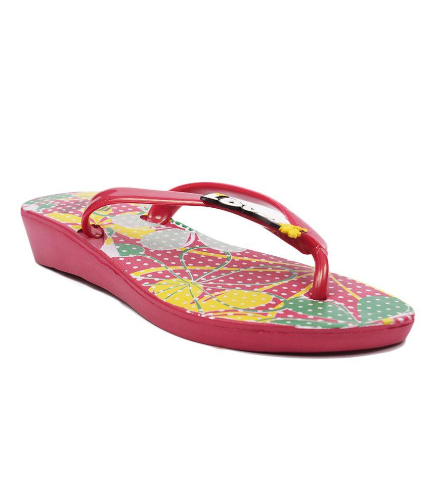 Aalishan Footwear Red Flat Low Heel Slippers