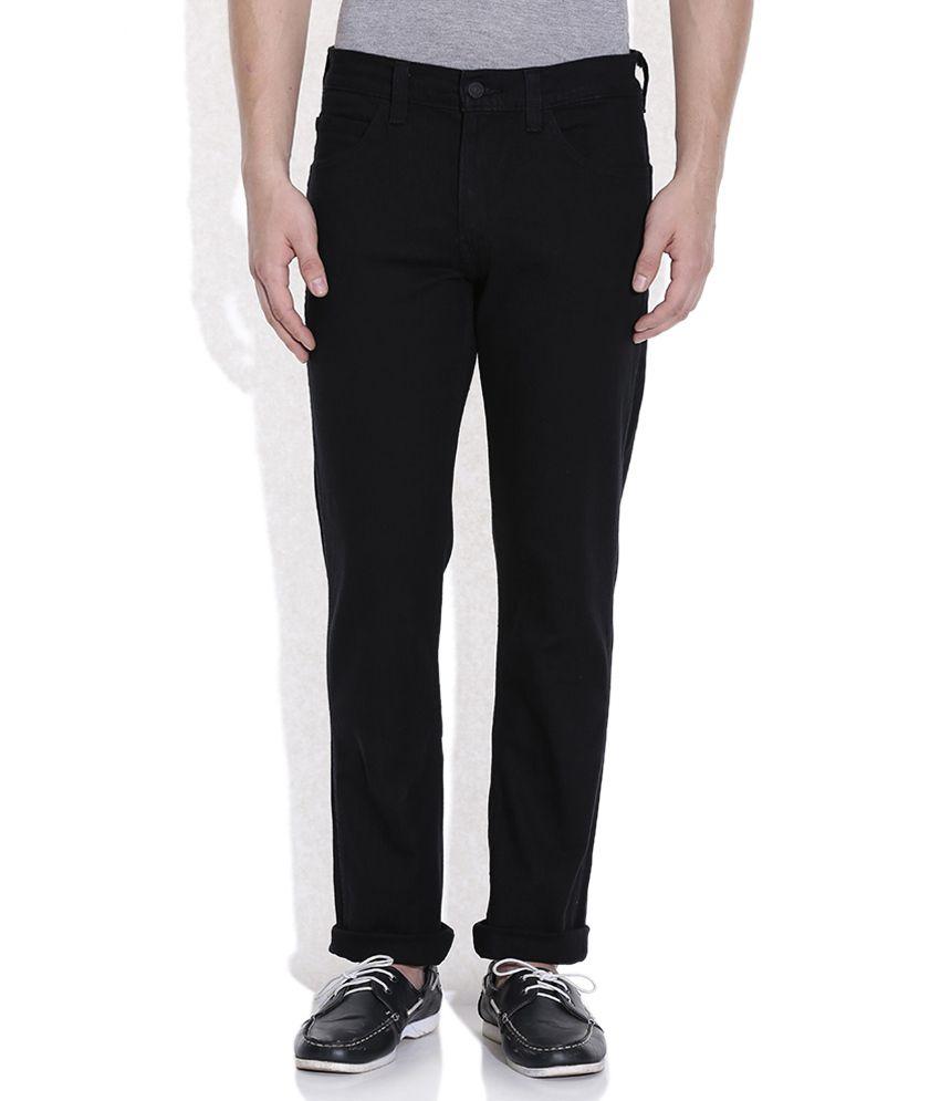 Levis Black Basics Jeans