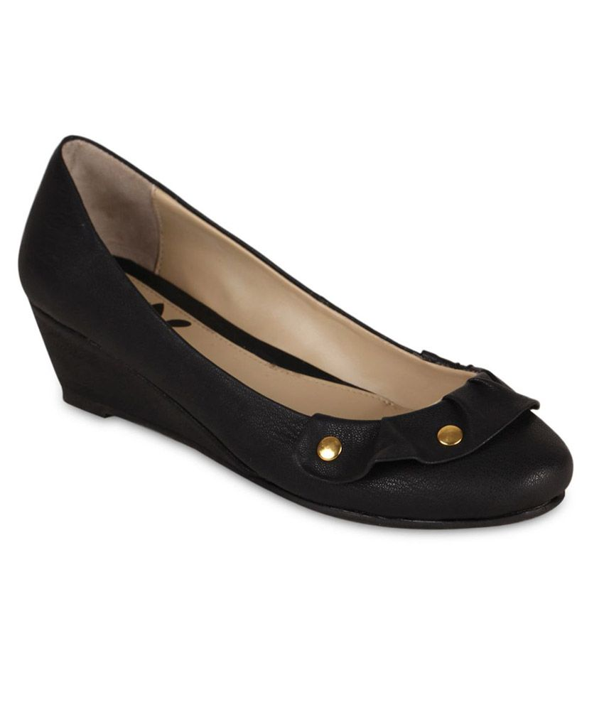 Amica Slexia Black Faux Leather Pumps Price In India Buy