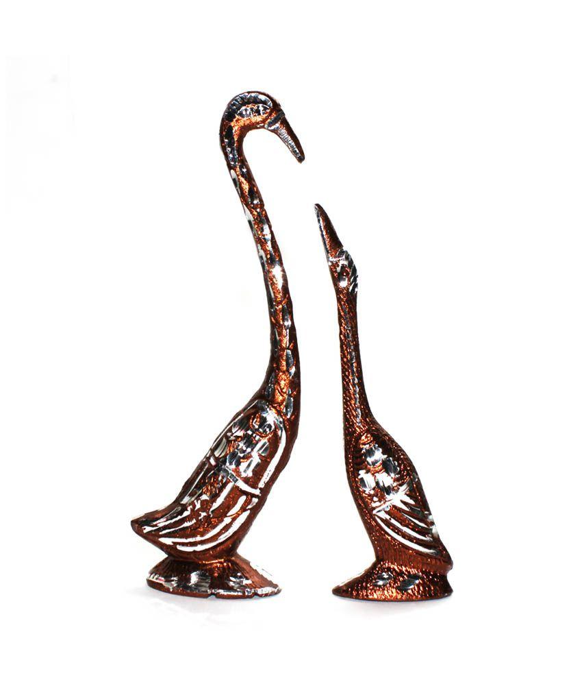 Craftghar Aluminium Swan Set In Bronze Showpiece