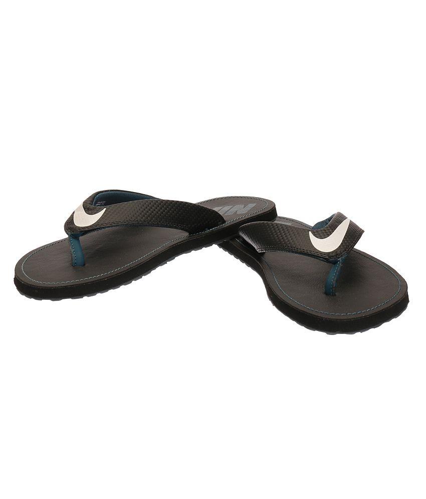 1b850d2a6aaa3 Nike Chroma Thong 4 Black Slippers Nike Chroma Thong 4 Black Slippers ...