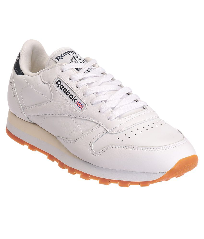 Reebok Cl Lthr Lp White Sports Shoes - Buy Reebok Cl Lthr Lp White Sports  Shoes Online at Best Prices in India on Snapdeal a6b2497bb