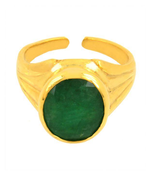 Bello 9.25 Ratti Emerald Gemstone Astrological Ring in Panchdhatu