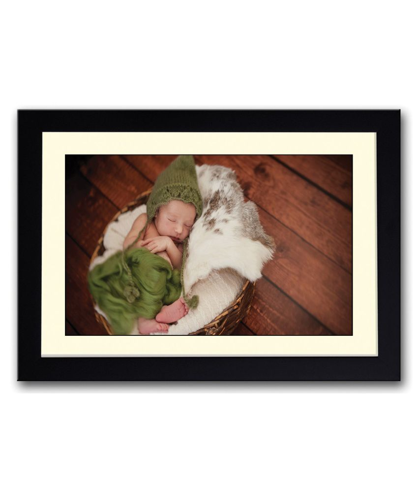Artifa Matte Baby Sleeping In Green Fur Painting With Wood Frame