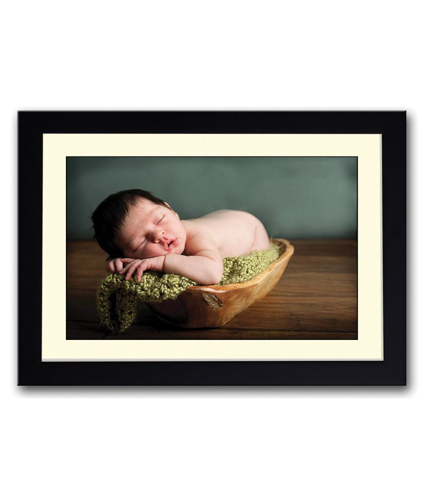 Artifa Matte Baby Sleeping In A Wooden Tray Painting With Wood Frame