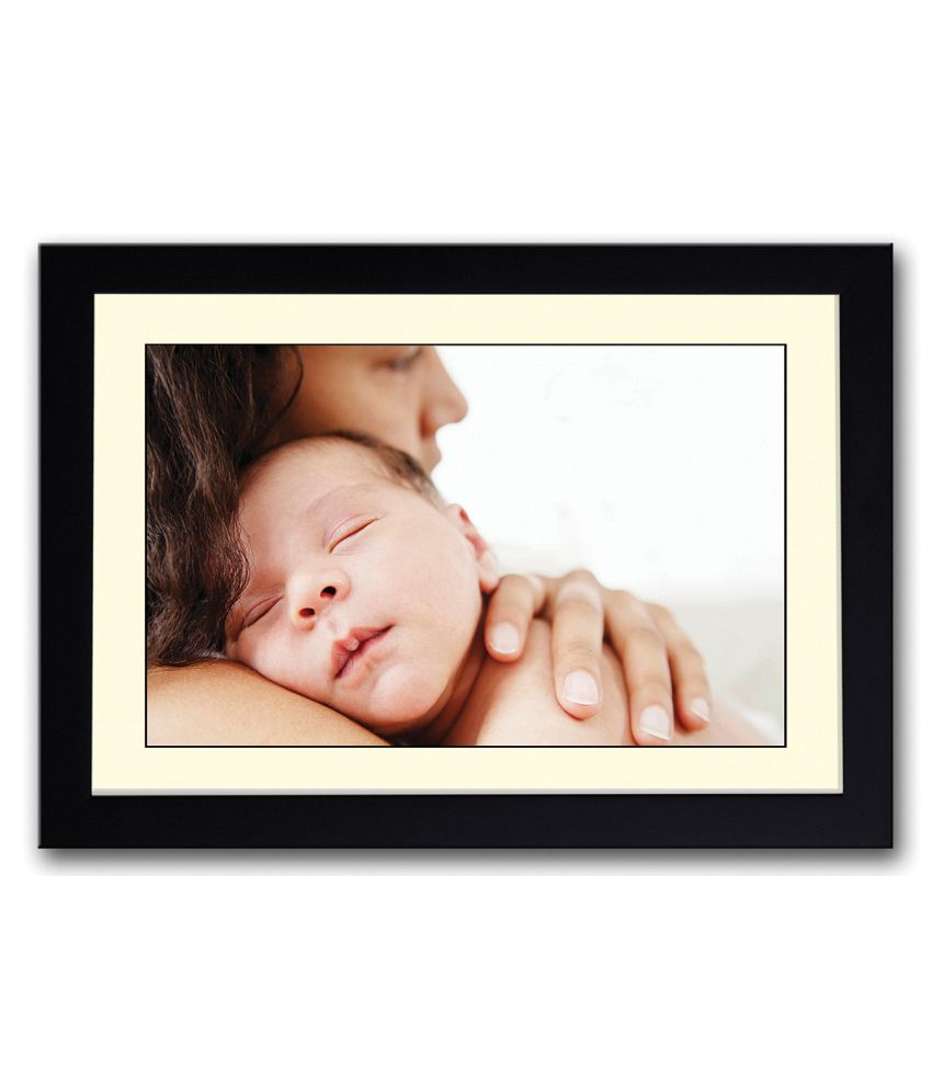 Artifa Matte Baby With Mother Painting With Metal Frame