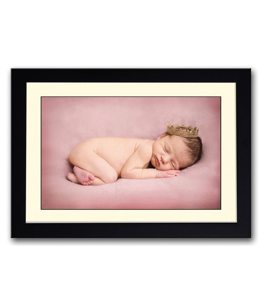 Artifa Matte Cute Baby With A Crown Painting With Metal Frame