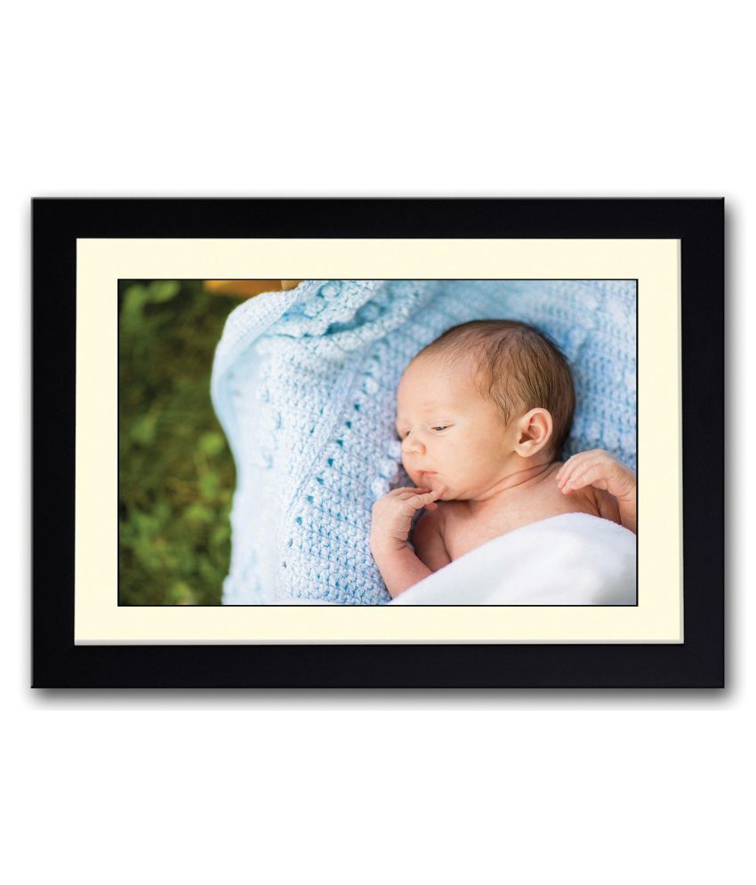 Artifa Matte Newborn Baby Looking Cute Painting With Metal Frame