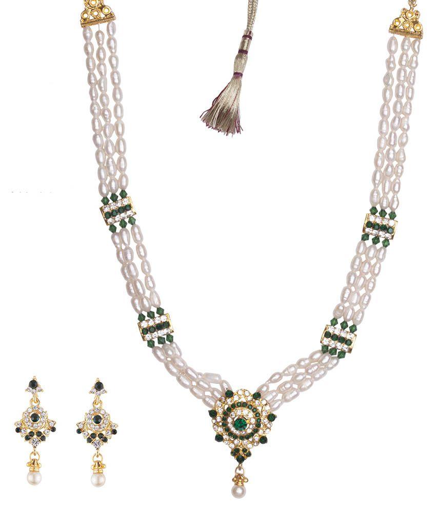 DD Pearls 9Kt Cubic Zirconia Pendant Necklace Set