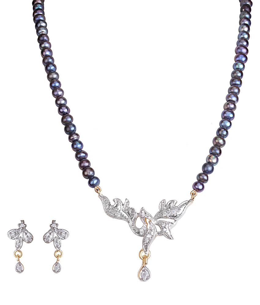 Ddpearls TrADitional Black Freshwater Pearl With Floral AD Pendant Mangalsutra .