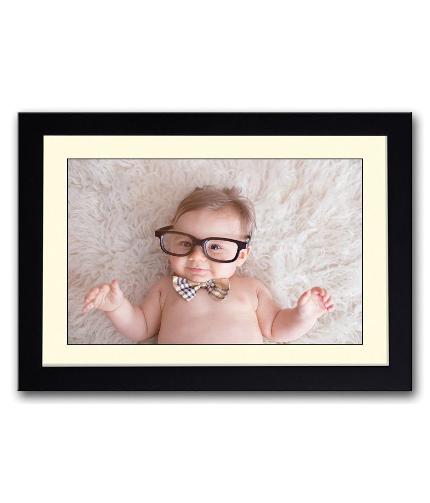 Artifa Matte Sweet Baby With Glasses Painting With Metal Frame