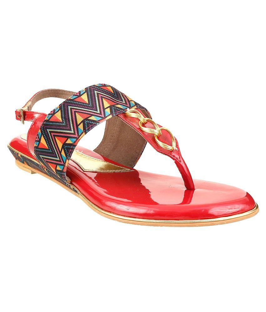Siendo Desi Red Flat Sandals
