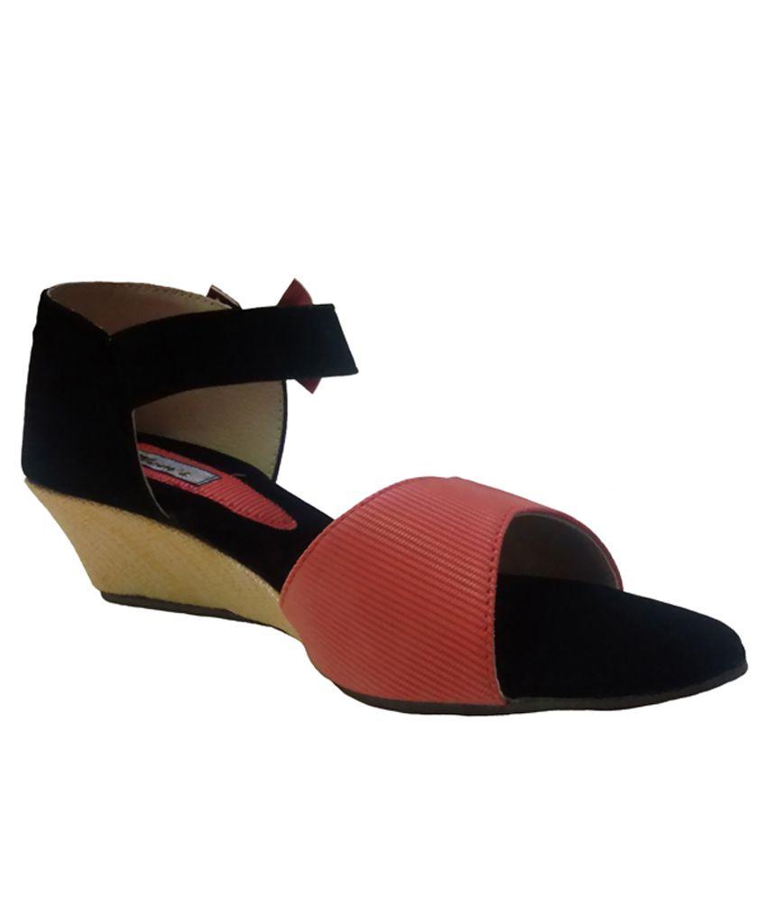 Pearl Peachpuff And Black Heeled Sandals