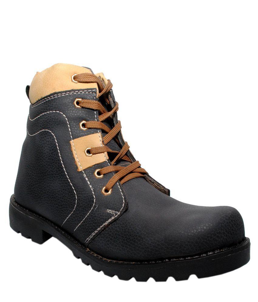 Magnolia Black Lace Boots