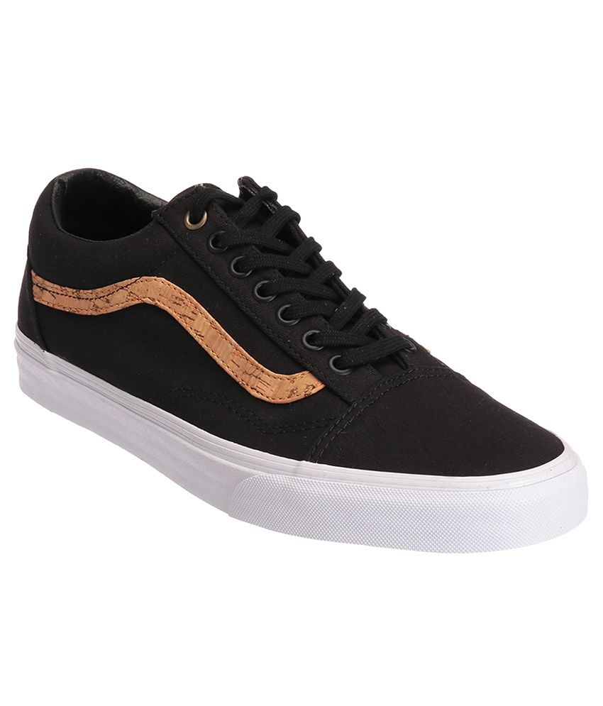 226cfbc3cbf5f5 VANS Old Skool Black Casual Shoes Price in India- Buy VANS Old Skool Black  Casual Shoes Online at Snapdeal