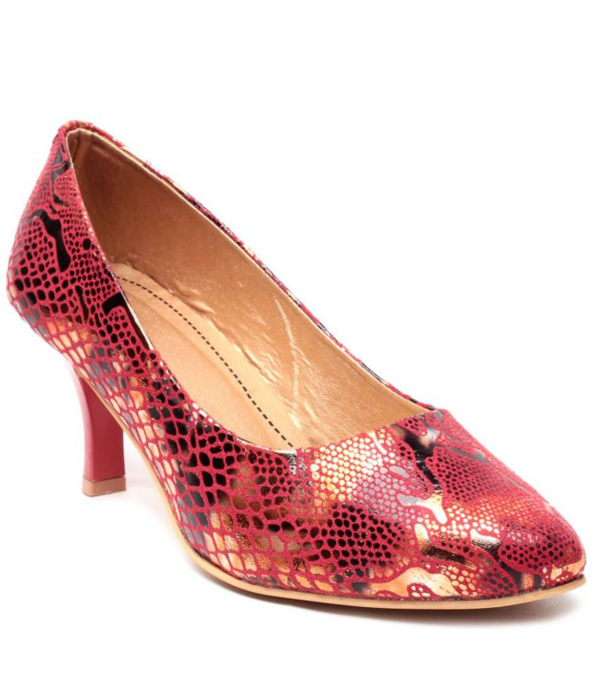 Nell Stylish Red Pumps