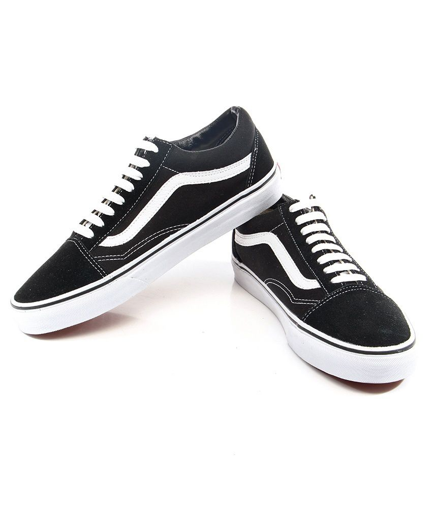 53be610cc41f83 Vans Old Skool Black Casual Shoes - Buy Vans Old Skool Black Casual ...
