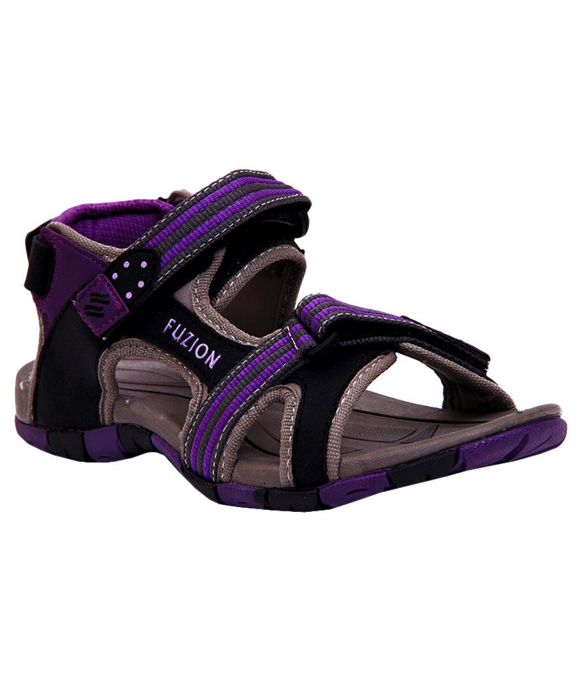 cb7df32513ef5f Fuzion Purple Floater Sandals with Reebok Gym Bag Price in India ...