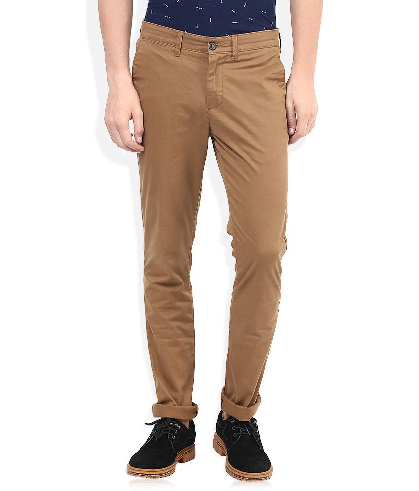Celio Brown Solid Chinos