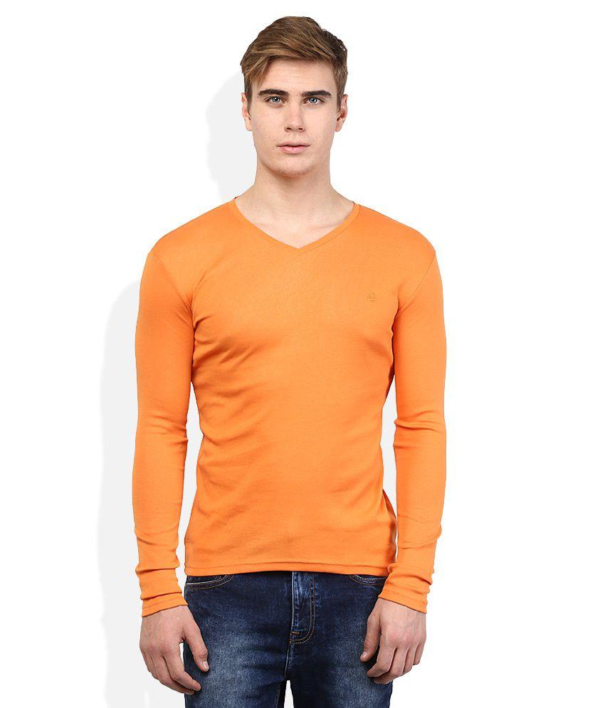 United Colors of Benetton Orange Solid V Neck T Shirt