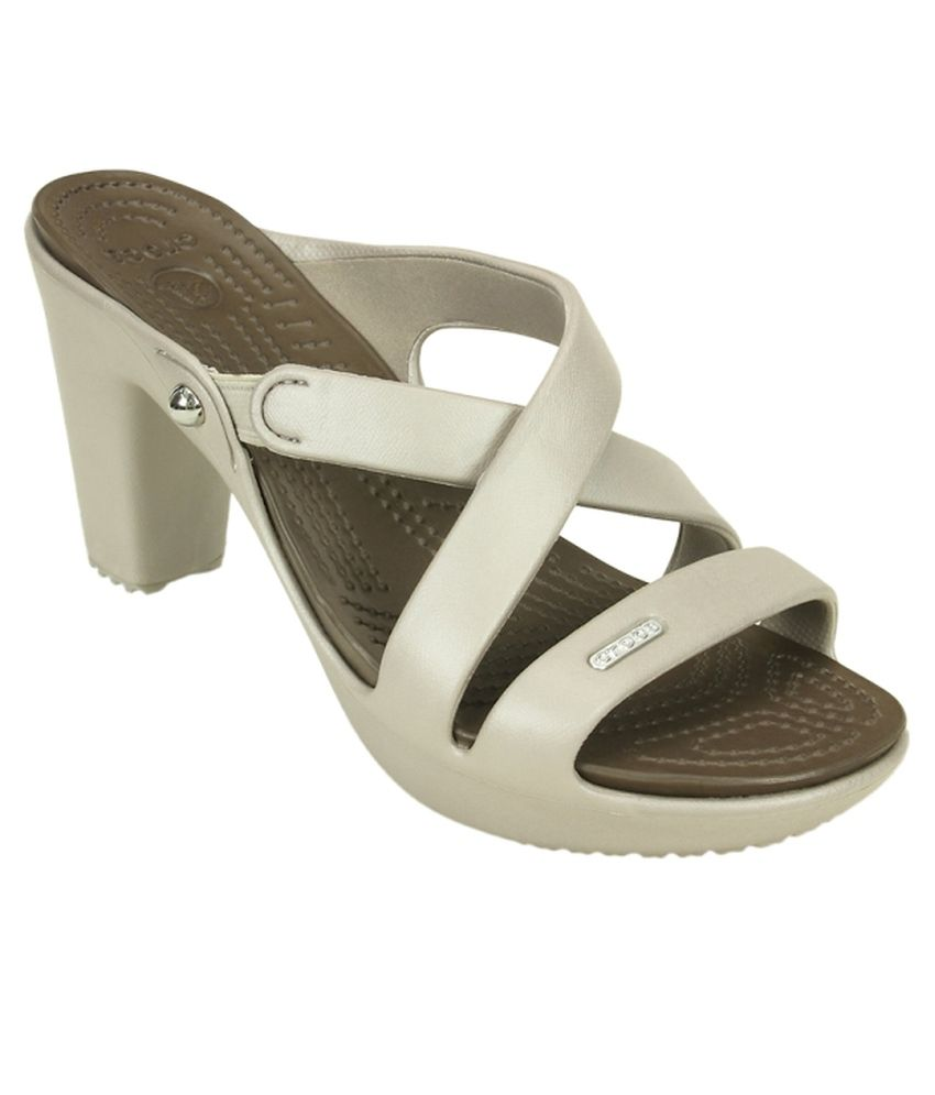 e5a11ade33c Crocs White Heeled Slip-on   Pump Standard Fit Price in India- Buy Crocs  White Heeled Slip-on   Pump Standard Fit Online at Snapdeal