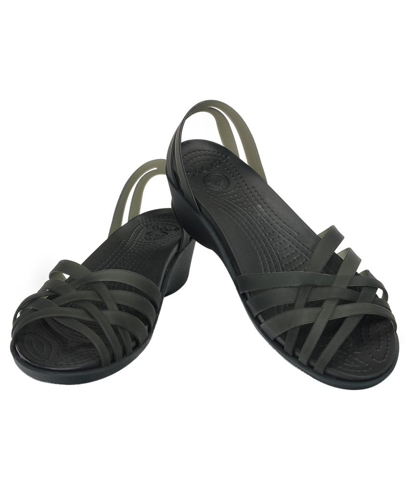 23662430d Crocs Black Heeled Slip-on   Pump Relaxed Fit Price in India- Buy ...