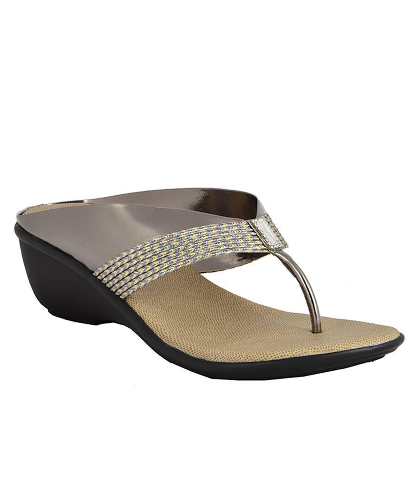 Royal Collection Gray Heels