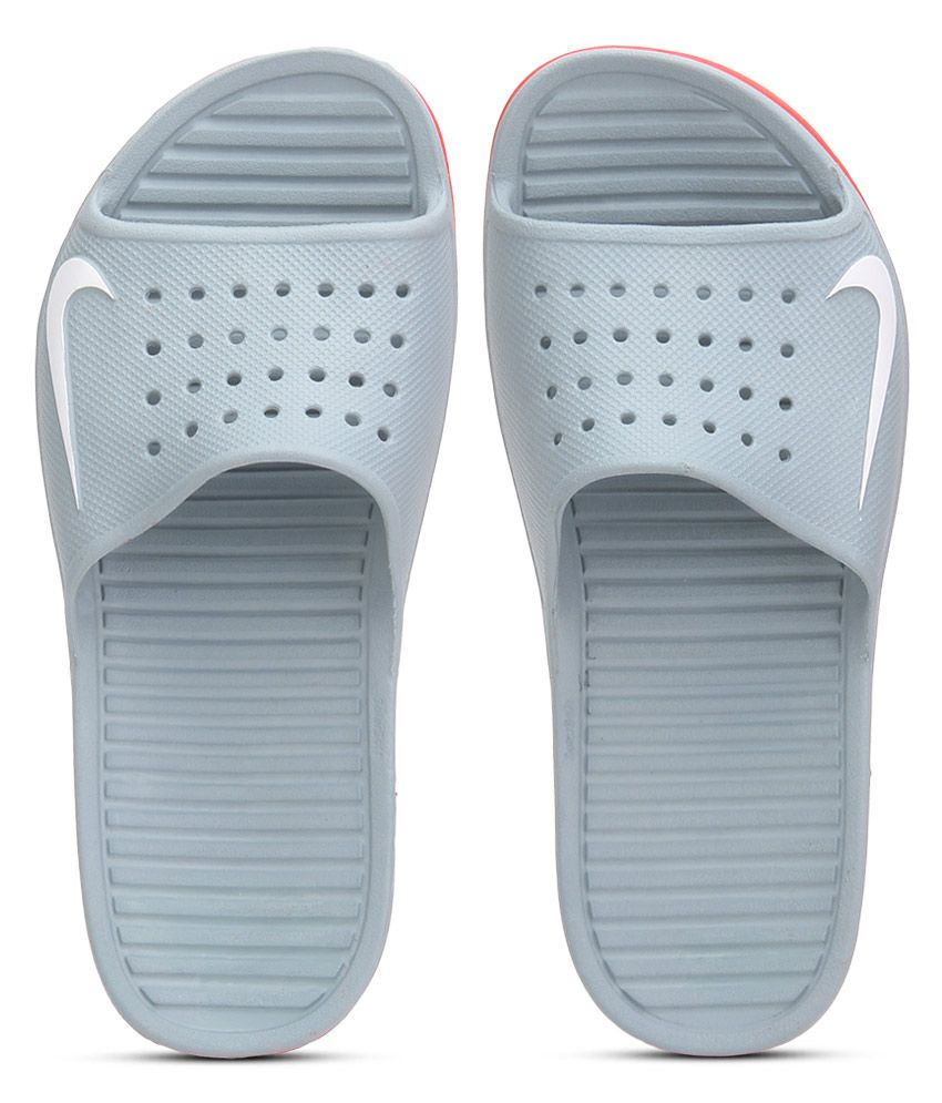 c3da2665696f Nike Solarsoft Slide Gray Slippers Price in India- Buy Nike Solarsoft Slide  Gray Slippers Online at Snapdeal