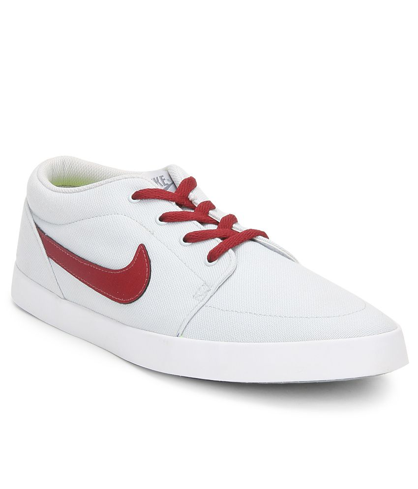 Nike Voleio Cnvs White Casual Shoes Price in India- Buy ...
