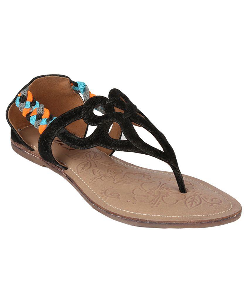 Inc.5 Black Sandals
