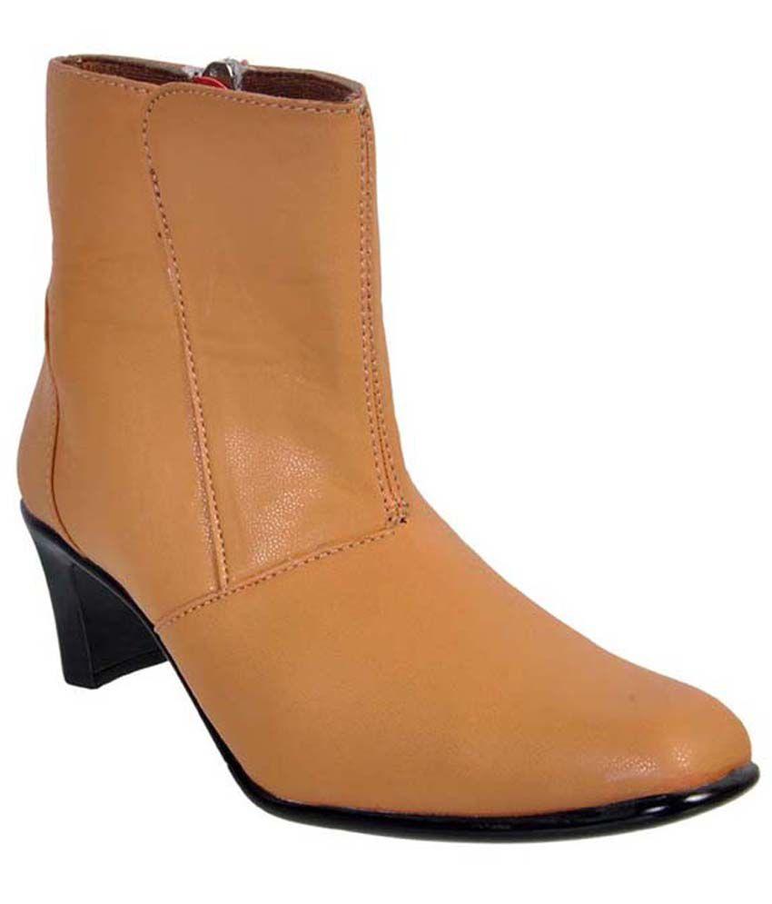 Jolly Jolla Beige Cowboy Boots