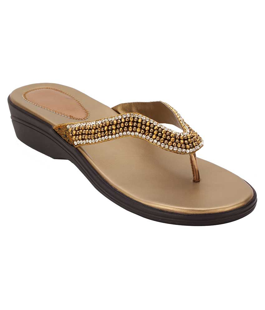 Royal Collection Gold Flat Slip-on