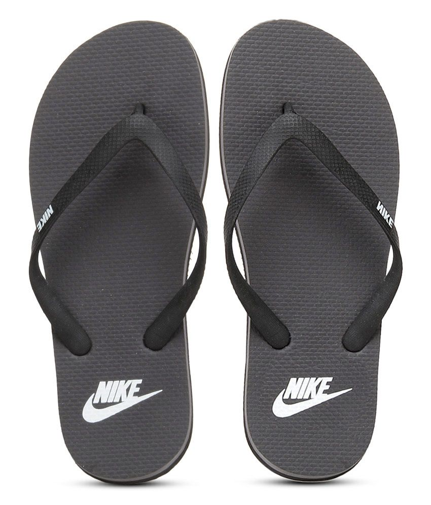 73435e5816a Nike Aquaswift Thong Black Flip Flops Price in India- Buy Nike Aquaswift  Thong Black Flip Flops Online at Snapdeal
