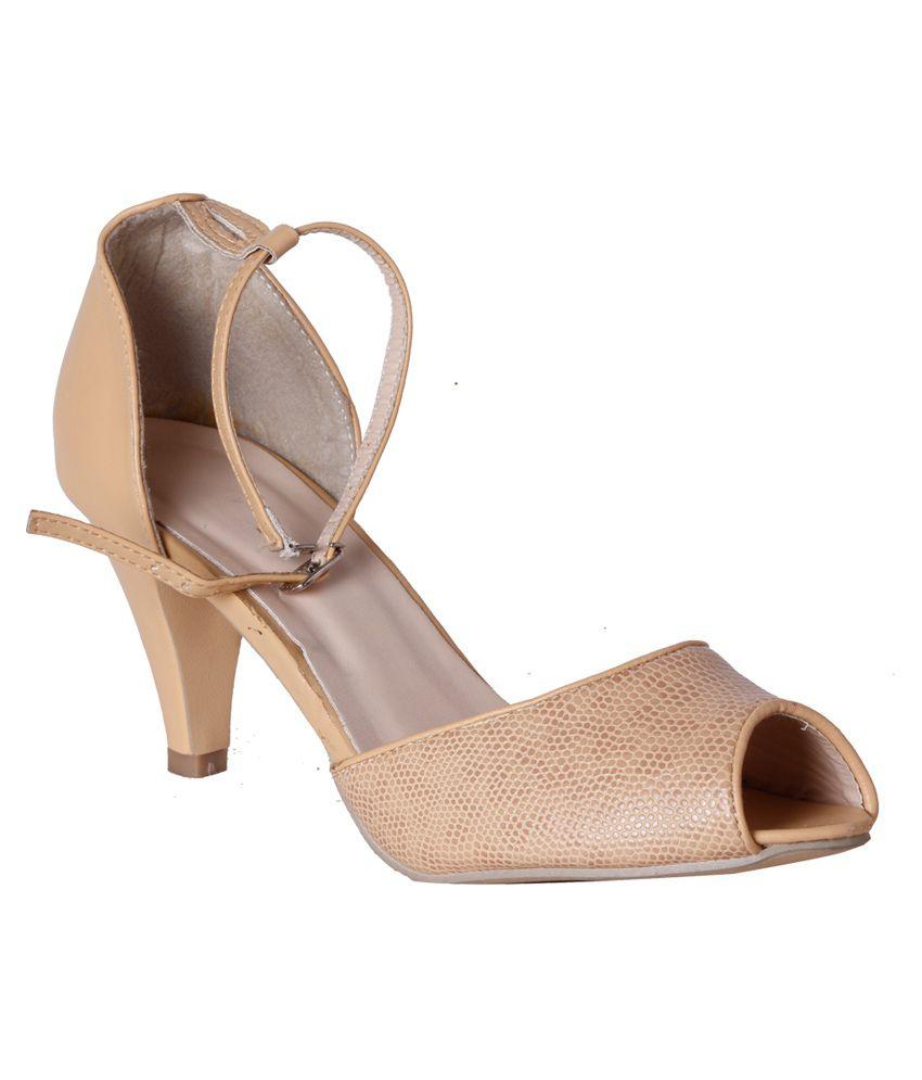 Pantof Beige Cone Heels