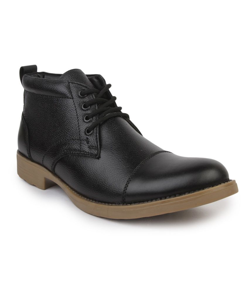 Metrogue Black Boots