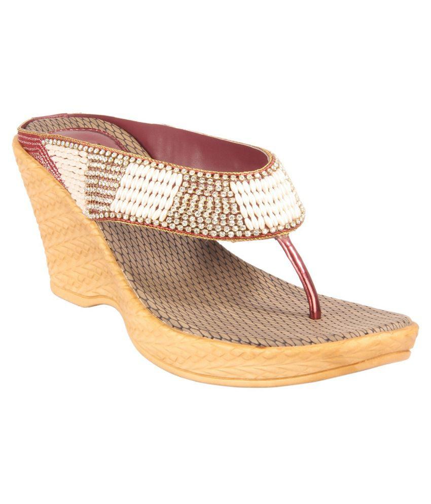 Amora Multicolour Wedges Heels