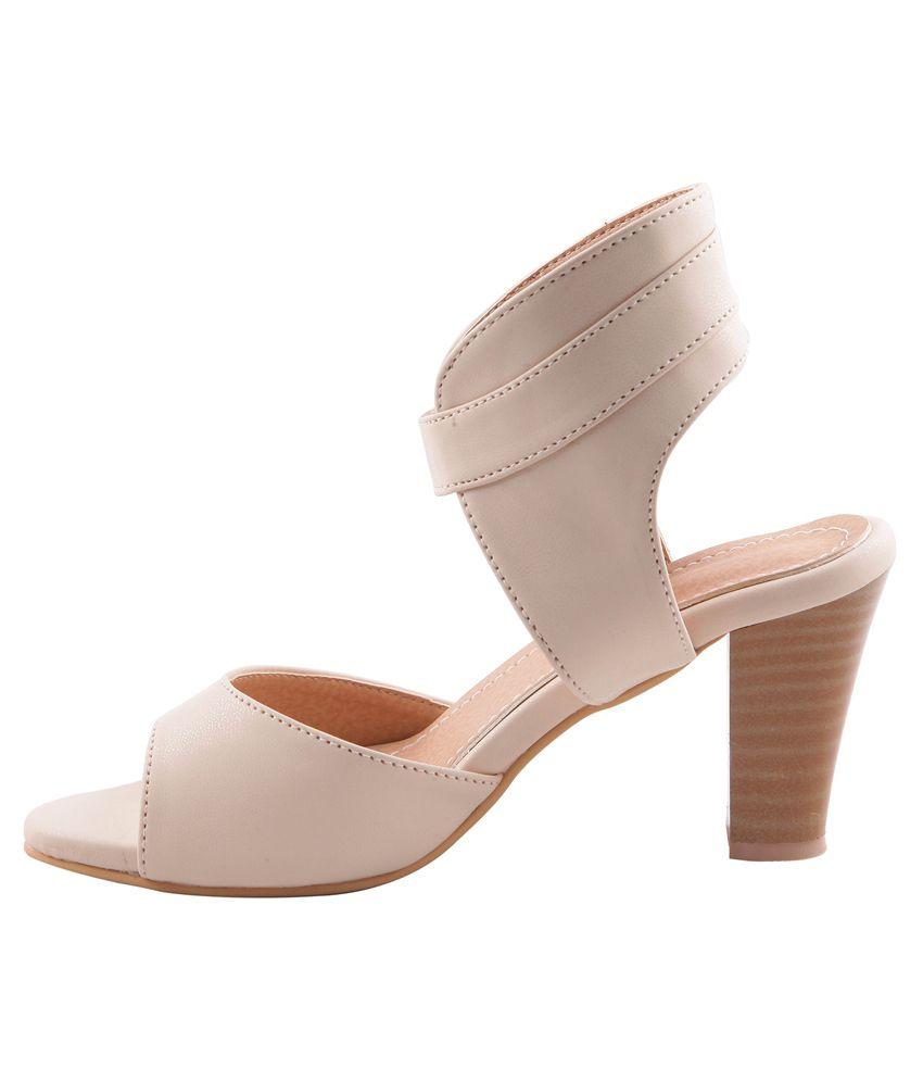 b1604deb334 Adorn Beige Block Heel Sandals Price in India- Buy Adorn Beige Block ...