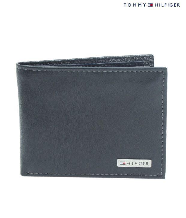 Tommy Hilfiger Elegant Black Wallet