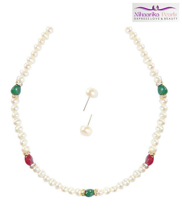 Niharikaa Pearls Pretty Pearl Set
